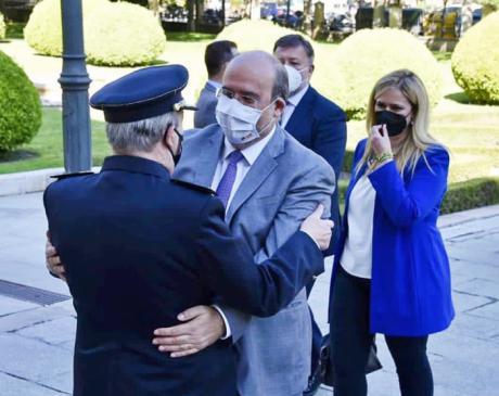 El comisario Laguna vuelve a la Comisaría de Cuenca tras recuperarse de la Covid-19