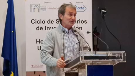 Fernando Simón avanza en la UCLM que Sanidad estima en un cuarenta por ciento la población española con inmunidad COVID