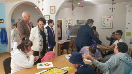 La ministra de Trabajo en funciones visito al Centro Especial de Empleo de Aspadec
