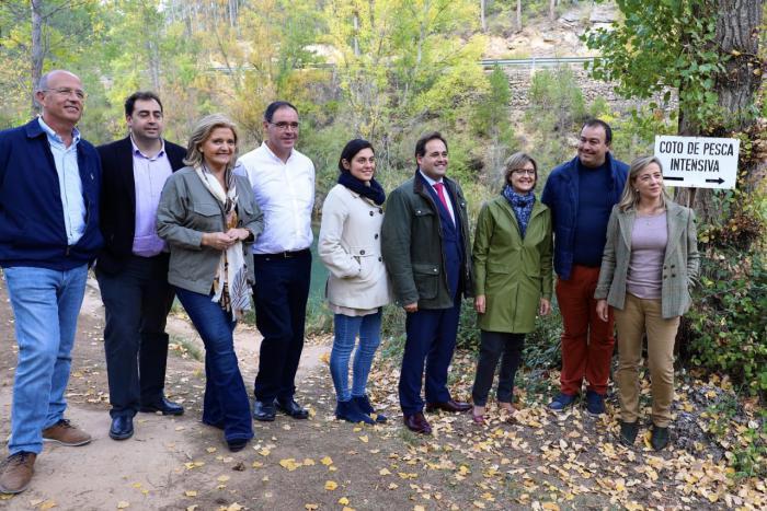 García Tejerina resalta el compromiso del PP con la despoblación y el medio rural
