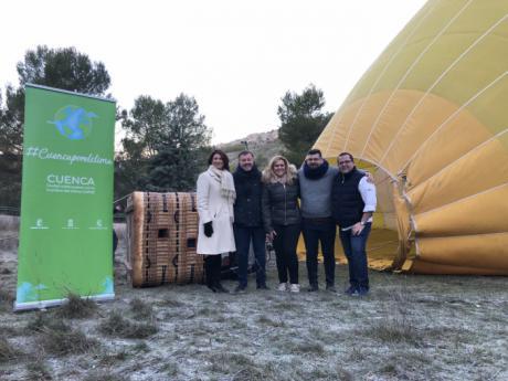 Promocionan Cuenca con un viaje en globo