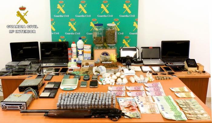 La Guardia Civil desarticula una red organizada dedicada al tráfico de drogas