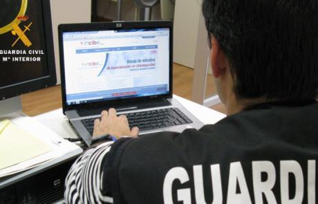 Desmantelan una organización criminal especializada en estafas por Internet
