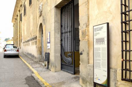 Prieto ve con satisfacción el próximo inicio de las obras de rehabilitación de la cubierta del edificio de La Merced de Huete