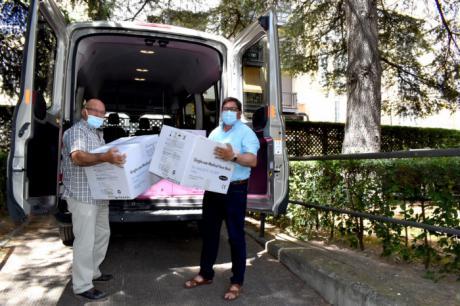 La Subdelegación del Gobierno ha iniciado el reparto de 90.000 mascarillas quirúrgicas para distribuir entre entidades locales y entidades sociales