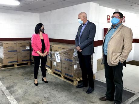 La Subdelegación del Gobierno en Cuenca distribuye 62.000 mascarillas