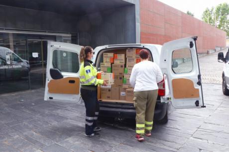 Sanidad ha distribuido esta semana cerca de 608.000 artículos de protección para profesionales sanitarios