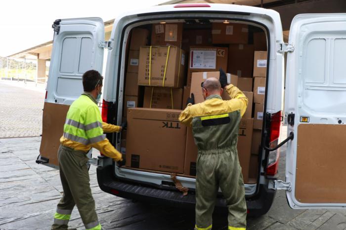 Sanidad ha distribuido esta semana una nueva remesa con más de 584.000 artículos de protección para los profesionales sanitarios