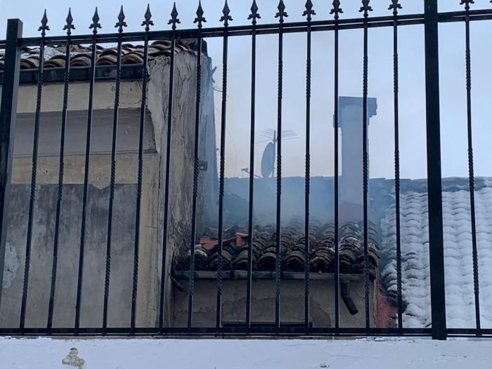 Un incendio en una vivienda en el Casco Antiguo provoca el desalojo de 20 personas