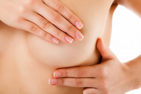 El fisioterapeuta fundamental en la prevención y tratamiento del linfedema tras una extirpación mamaria