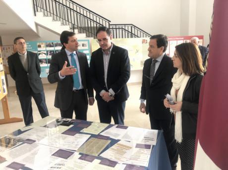 Prieto felicita al Ayuntamiento de Ledaña por celebrar los 40 años de la Constitución realzando la figura de Emilio Attard