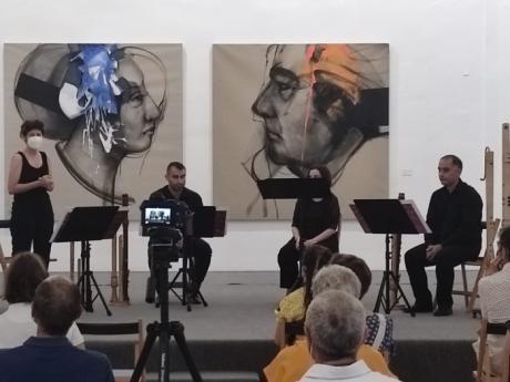 La sede conquense de la FAP ha acogido este martes una actuación musical del grupo valenciano Piacere di Flauti