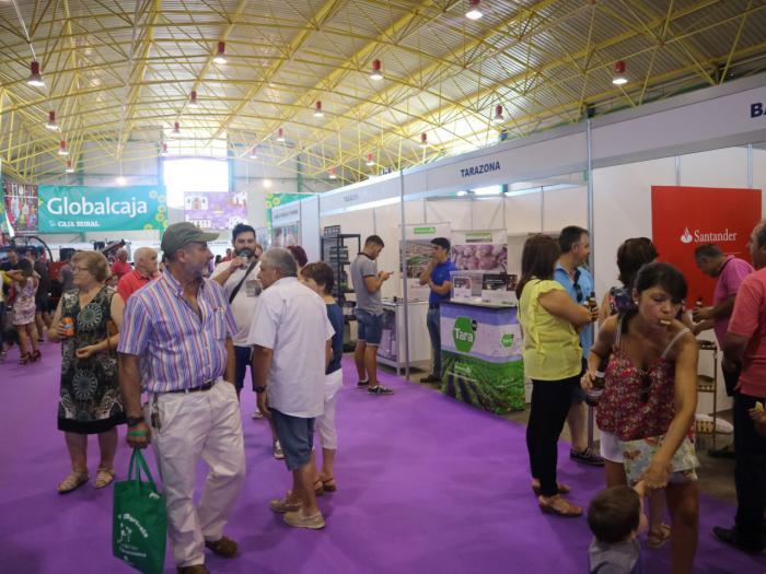 Más de 15.000 personas han pasado por la Feria Internacional del Ajo de Las Pedroñeras en su 45ª edición