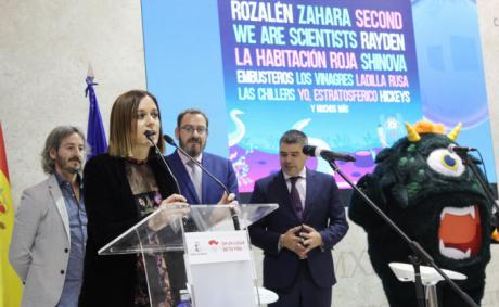 El stand de Castilla-La Mancha en FITUR acoge la presentación del Festival Gigante de Guadalajara