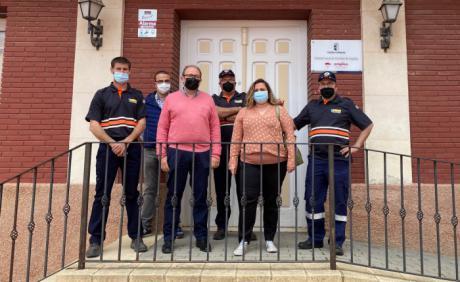 Entregado un equipo electrógeno a la agrupación de Protección Civil de Talayuelas