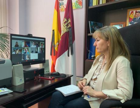 Se destina casi un millón de euros a subvenciones en materia de atención y prevención a la infancia y a las familias en la provincia