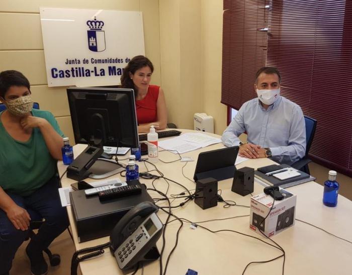 La Junta informa sobre la línea de ayudas en materia de prevención de riesgos laborales a una veintena de empresas y asociaciones de Cuenca