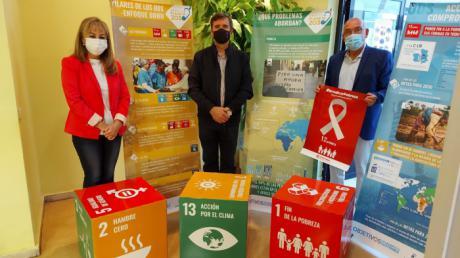 Junta y Cáritas remarcan su compromiso con los Objetivos de Desarrollo Sostenible en la lucha contra la pobreza
