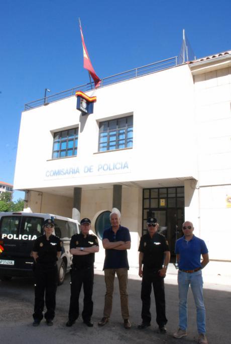 El subdelegado del Gobierno visita la Comisaría de Cuenca