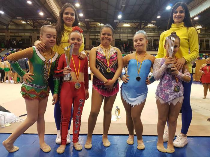 Sara Bermejo y Marta Fierro, gimnastas del CD Huécar del grupo discapacitadas, se proclaman subcampeonas de España en el Campeonato de España FEDI