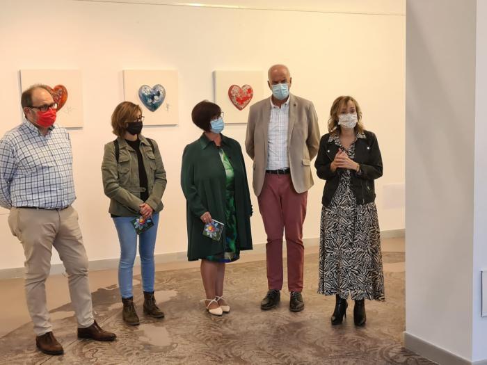 La Sala de Exposiciones del Iberia acoge la muestra ´Escultura cerámica´ de Sofía Porcar