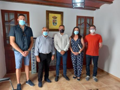 Junta y Ayuntamiento de El Herrumblar colaboran en la rehabilitación de un edificio municipal para la construcción de un albergue juvenil