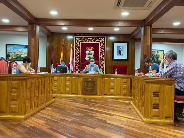 El pleno del Ayuntamiento de Tarancón aprueba por unanimidad una moción en defensa del tren convencional