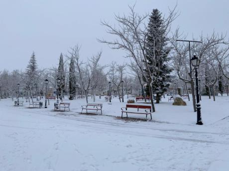 El Ayuntamiento de Tarancón y FCC trabajan en la limpieza de calles y accesos principales por la nieve