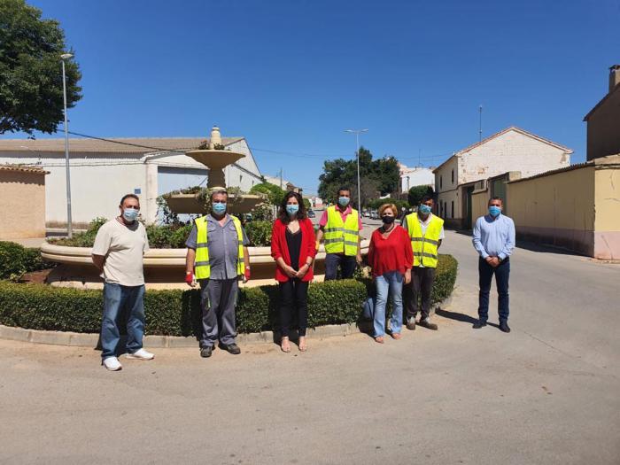 La Junta ha facilitado la contratación de 13 personas a través del Plan de Empleo en el municipio de San Clemente