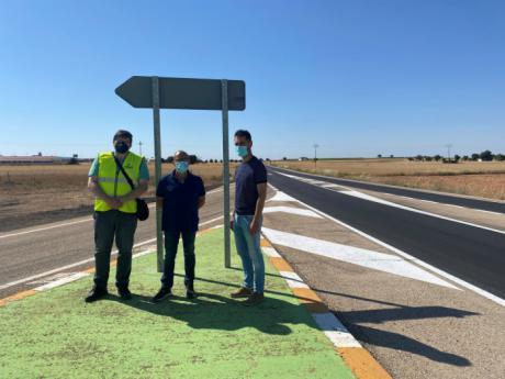 Se destinan alrededor de 220.000 euros a la actuación de rehabilitación del pavimento de la CM-200 a su paso por Pozorrubio de Santiago