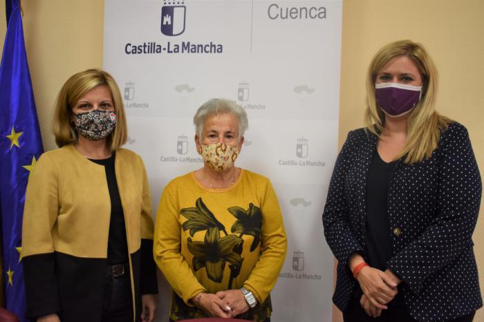 La Junta agradece a las mujeres del municipio de Sotos su implicación y entrega en la elaboración de material sanitario