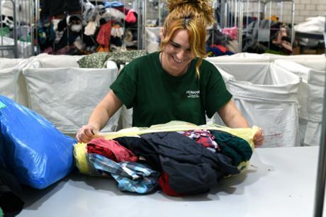 Tarancón supera las 44 toneladas recuperadas de textil usado para darles un fin social