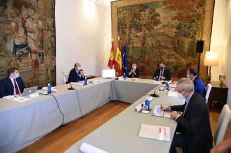 La Junta aborda con el Estado el convenio para la construcción de la autovía de La Alcarria y la Cuenca-Albacete
