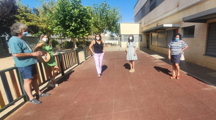 Se acometen obras de adecuación de espacios interiores en el colegio de Villanueva de la Jara