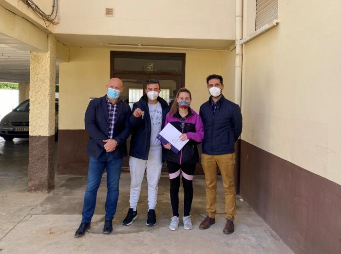 Se entrega una vivienda de protección oficial en régimen de alquiler en Minglanilla