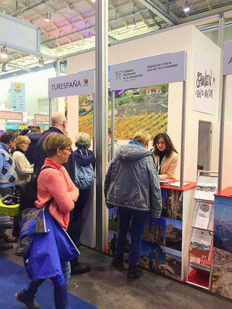 Cuenca y las Ciudades Patrimonio de la Humanidad se promocionan en el mercado alemán, en la feria de turismo de Hamburgo