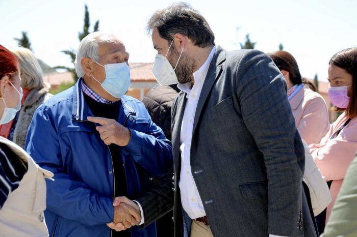 Núñez se compromete a proteger la política social y asistencial en las residencias de la región para que tenga la calidad que merecen nuestros mayores