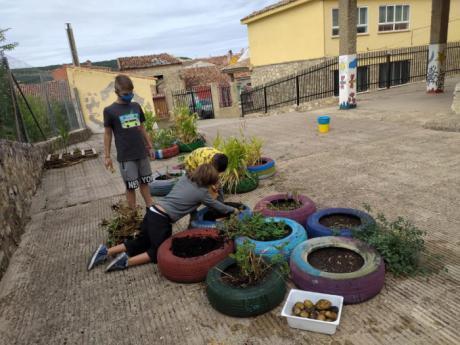 Una mañana repleta de lecciones en el colegio de Beteta