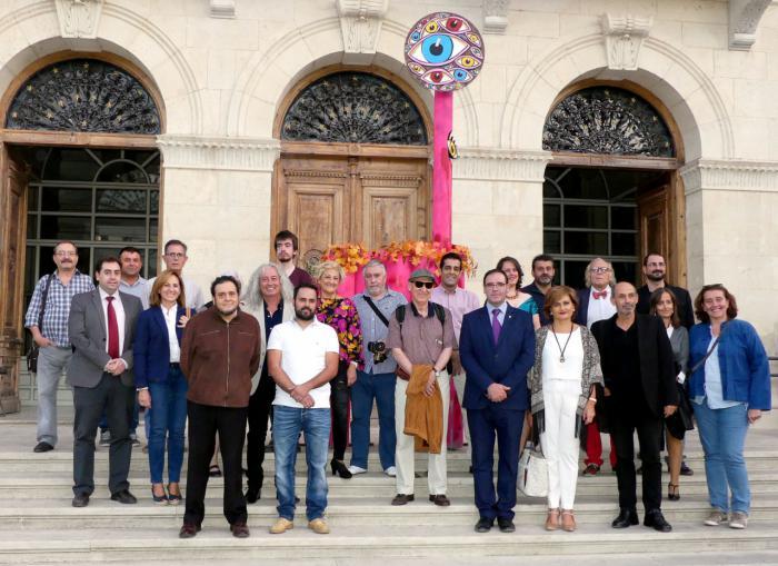 Cincuenta artistas de dieciséis países para conmemorar en la Diputación el X Aniversario del yacimiento de Lo Hueco