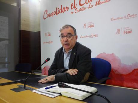 """Fernando Mora: """"El PP está en caída libre, sin norte y con un claro competidor como es Ciudadanos, de ahí su radicalismo"""""""