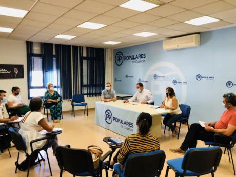 Prieto analiza junto a los diputados provinciales el retroceso de Cuenca en Educación, Sanidad o Transporte Público
