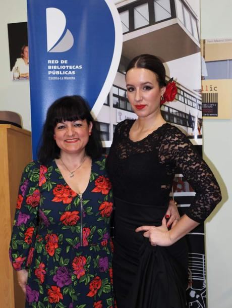 El Aula Poética celebra el mes del amor con la actuación estelar de Yolanda del Barrio Sánchez