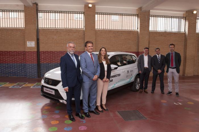 Telefónica, Seat y Ericsson presentan en Talavera de la Reina el primer caso de uso de conducción asistida de un vehículo particular en Castilla-La Mancha