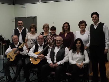 El Aula Poética invita en su sesión de diciembre al grupo musical Zarabandas para celebrar la Navidad