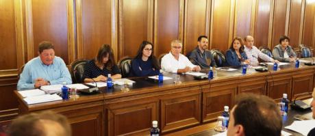 """El PSOE critica que haya partidas del presupuesto de 2016 que """"no han llegado a tocarse"""""""
