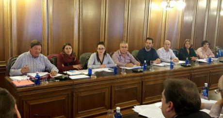 El PSOE denuncia el recorte de 69.000 euros a 23 pequeñas pedanías en las normas del POS para 2018