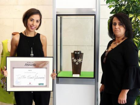 La joya de filigrana 'Primavera' se hace con el Concurso Obra Artesana 2017 de la 31ª Feria de Artesanía de Cuenca