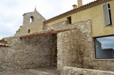 Diputación da los primeros pasos para el arrendamiento de la iglesia de la Trinidad de Moya como alojamiento turístico