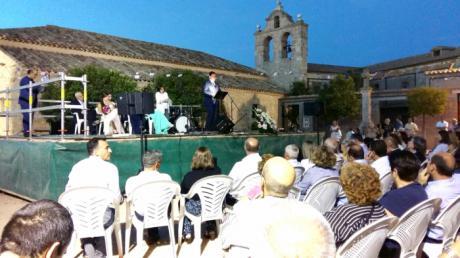 Prieto ensalza en su pregón el esfuerzo de la Asociación Amigos de Villar de Cantos por mantener vivo su pueblo