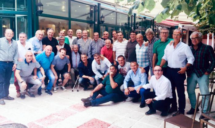 El expresidente de la U.B. Conquense, José López, logró el reencuentro de exjugadores